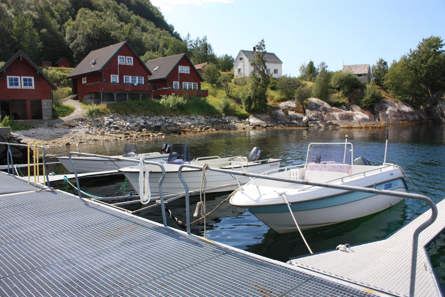 Extra boats 2.jpg