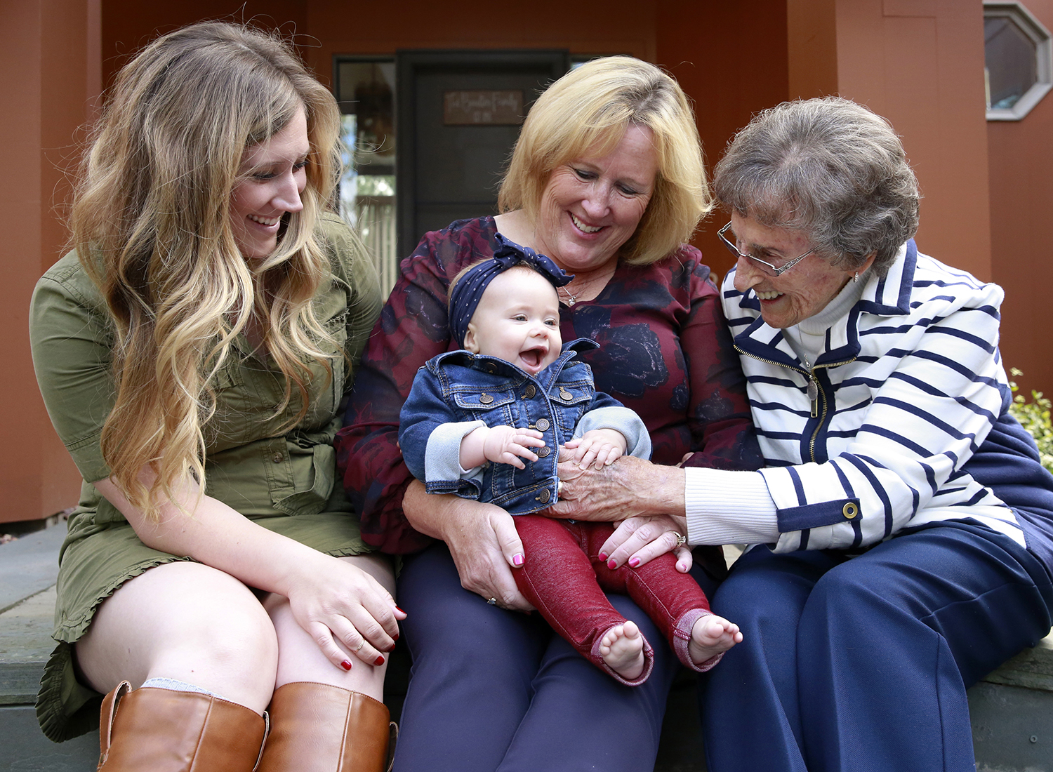 four generations family photo session