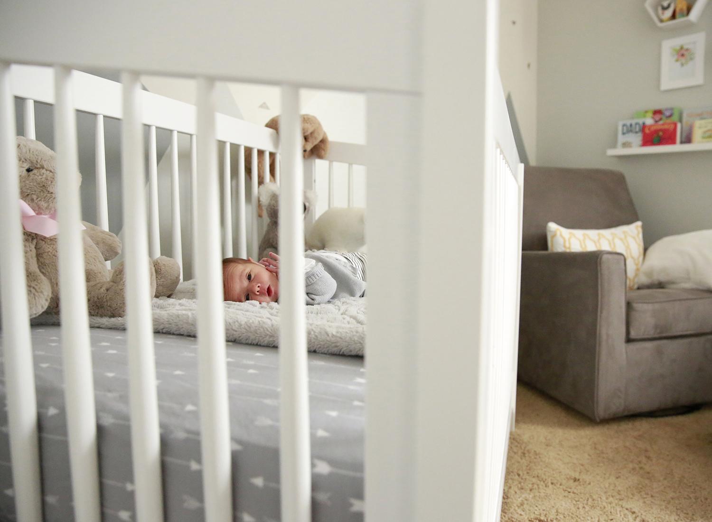 lifestyle-newborn-photographer-fairport-new-york-erin-cunningham.jpg