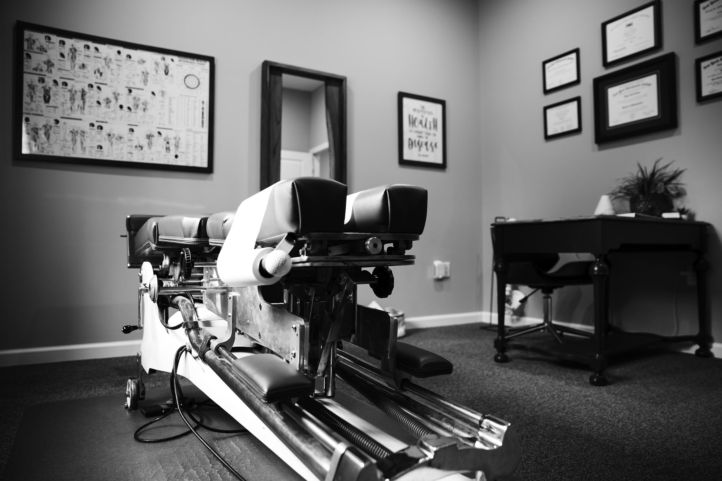 chiropractic-office-erin-cunningham-business-photographer-canandaigua-new-york.jpg