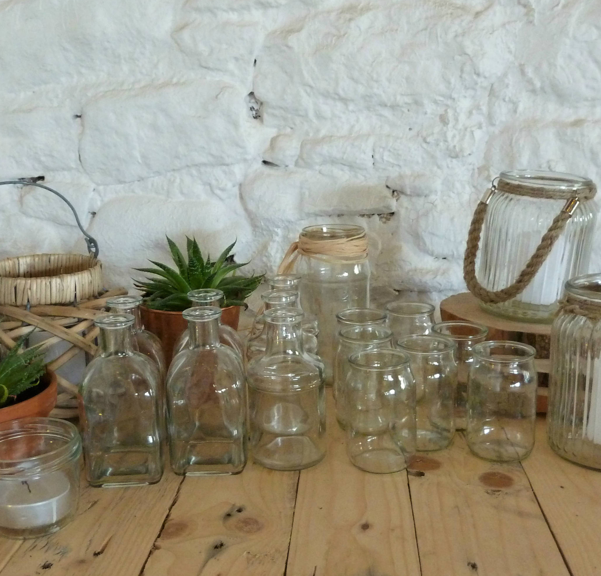 Small glass jars & bottles  Hire from £0.50 - £1.50
