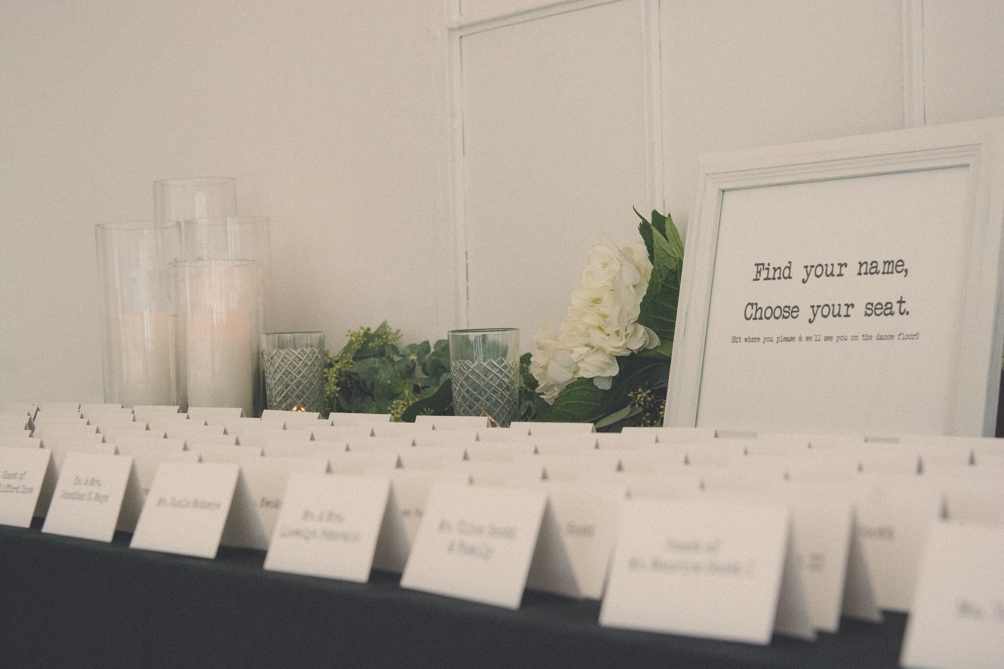 Escort cards and signage by Blue Mae Events