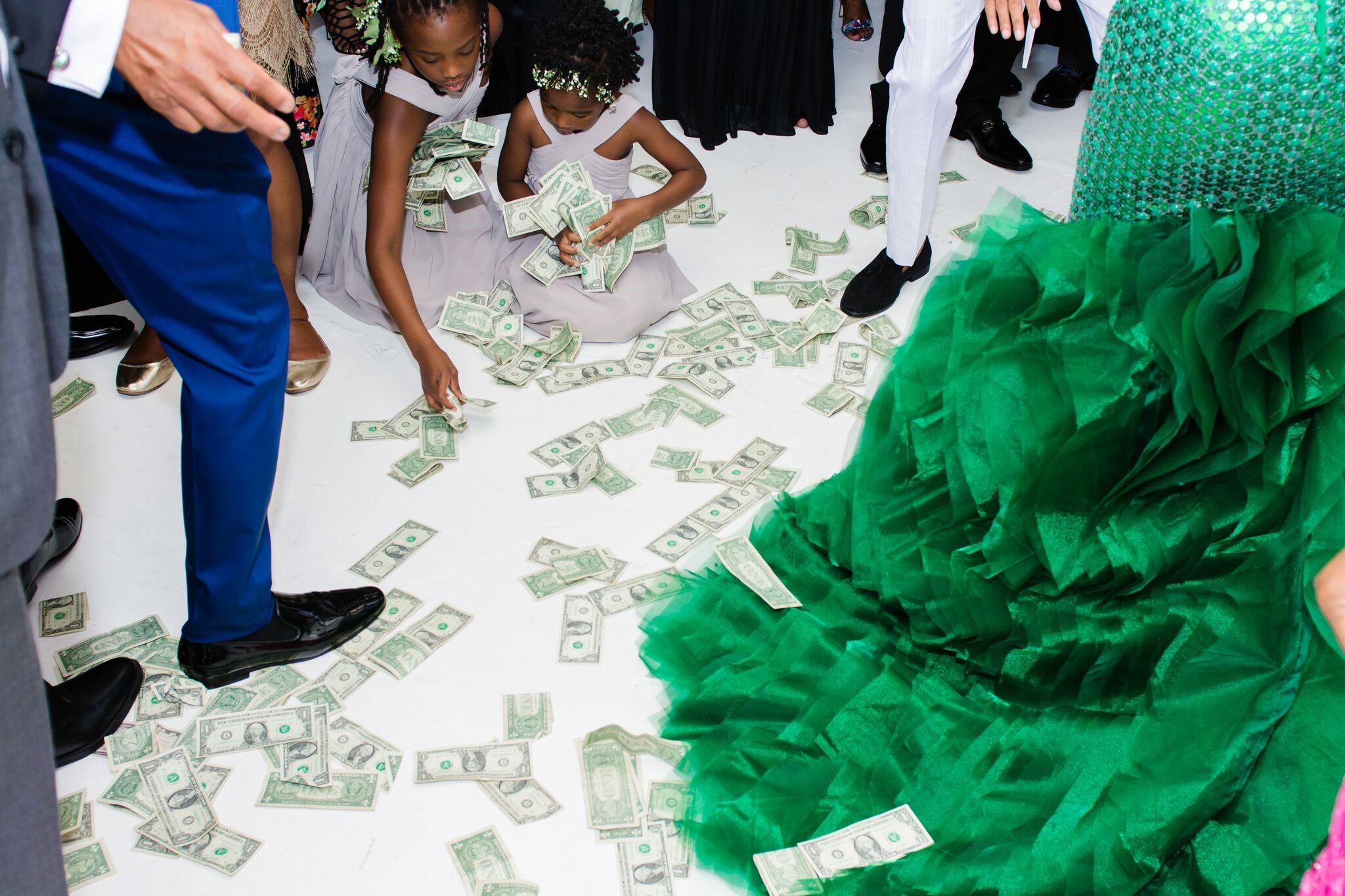 Money Dance 4.jpg