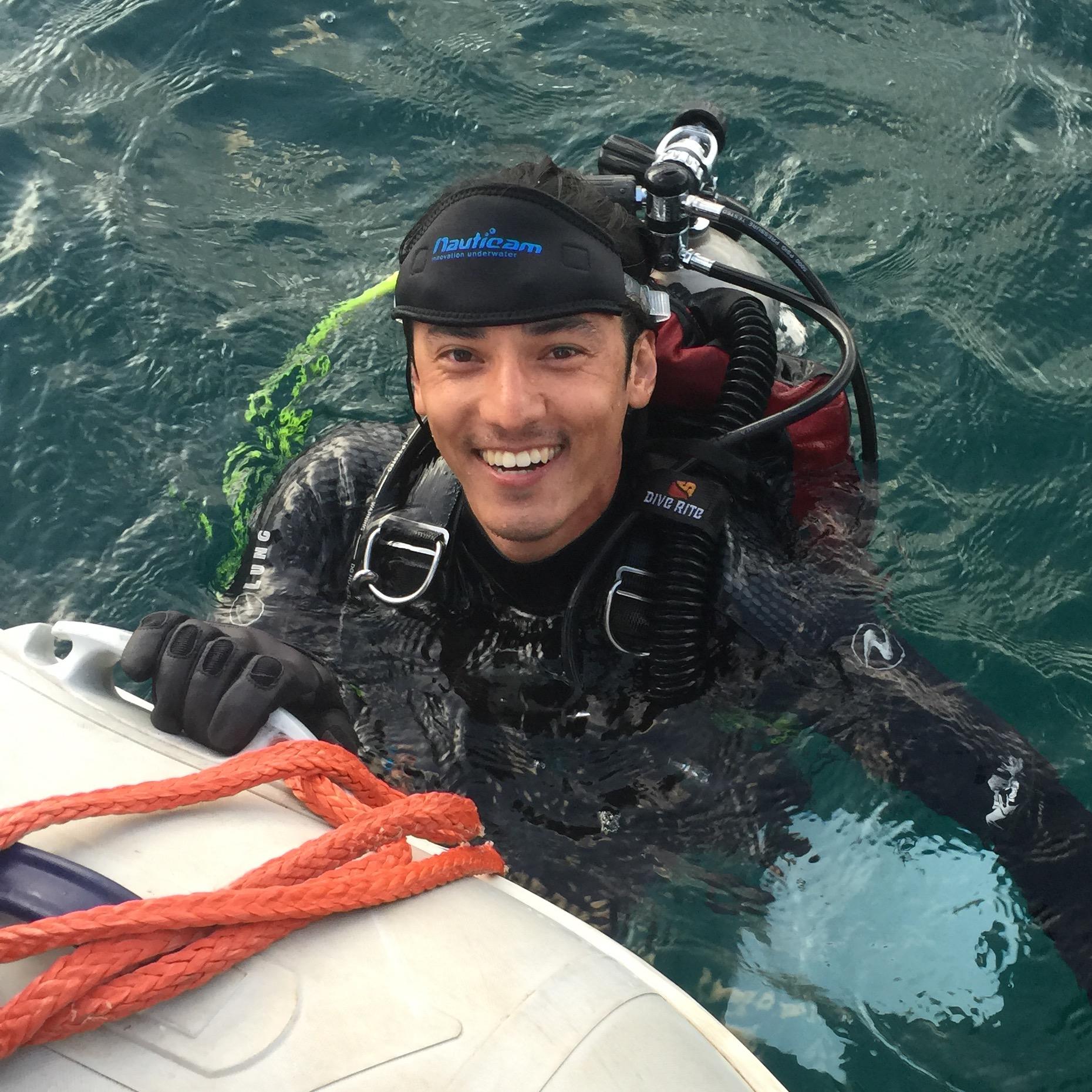 Chasing Coral - Jeff Orlowski_2.jpg