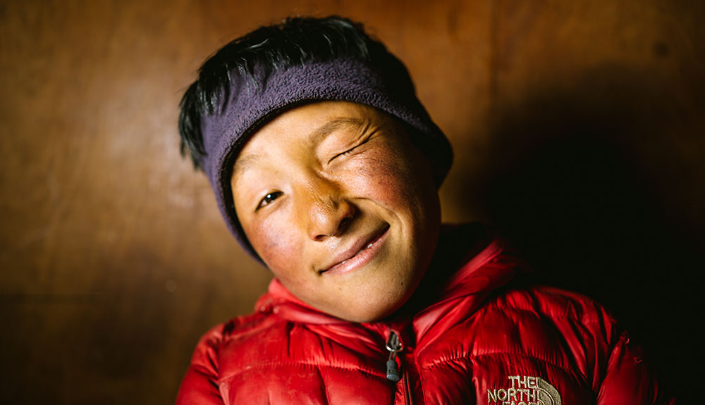 Loved-By-All-The-Story-of-Apa-Sherpa-8.jpg