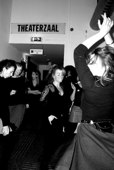 DJ-Miss-Trudy-vintage-music-vinyl-rock-n-roll-dj-bruiloft-evenement-bedrijfsfeest-dj-personeelsfeest-Het-huis-Utrecht-2.jpg