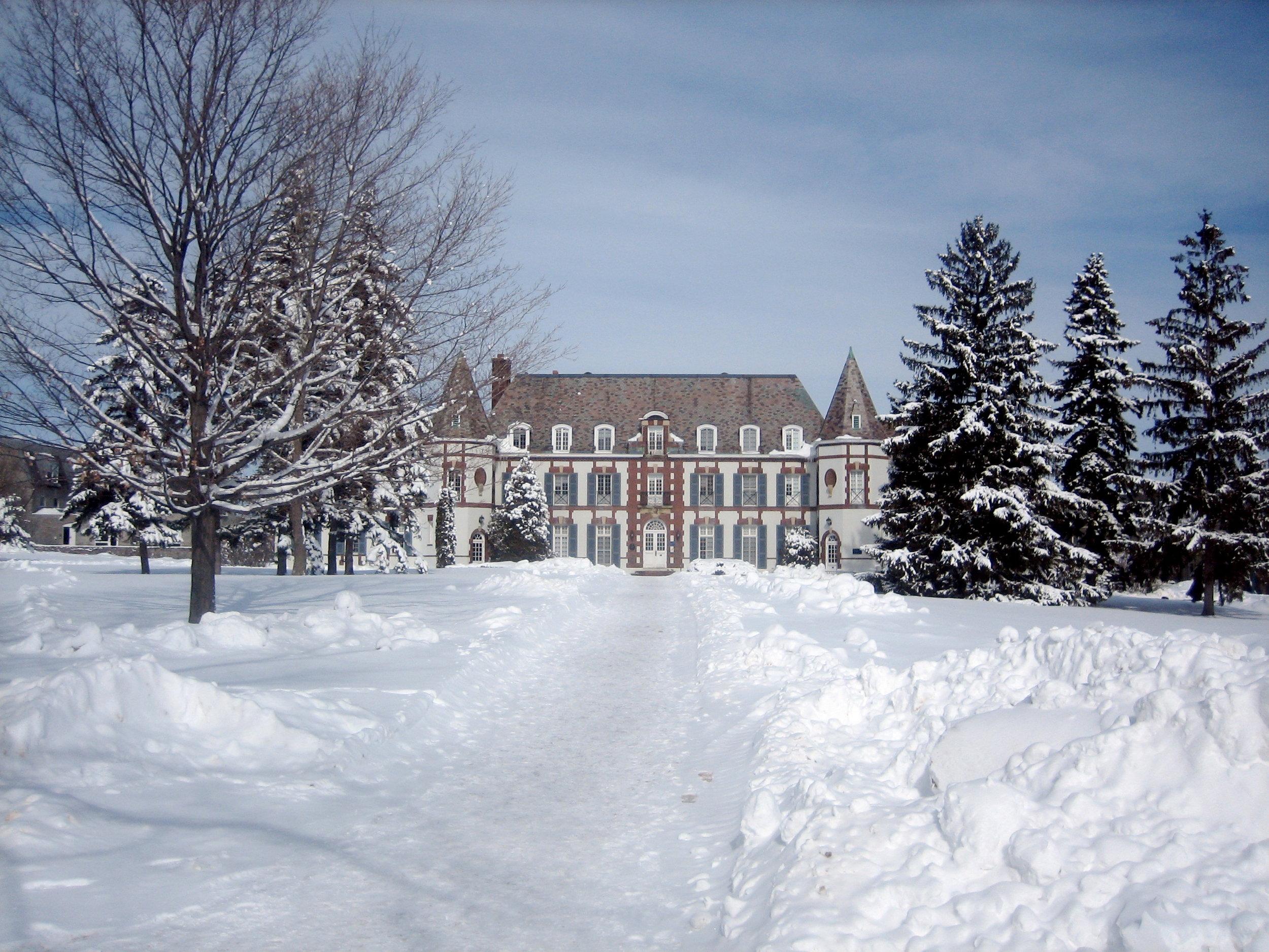 Middlebury_College_-_Le_Chateau.jpg