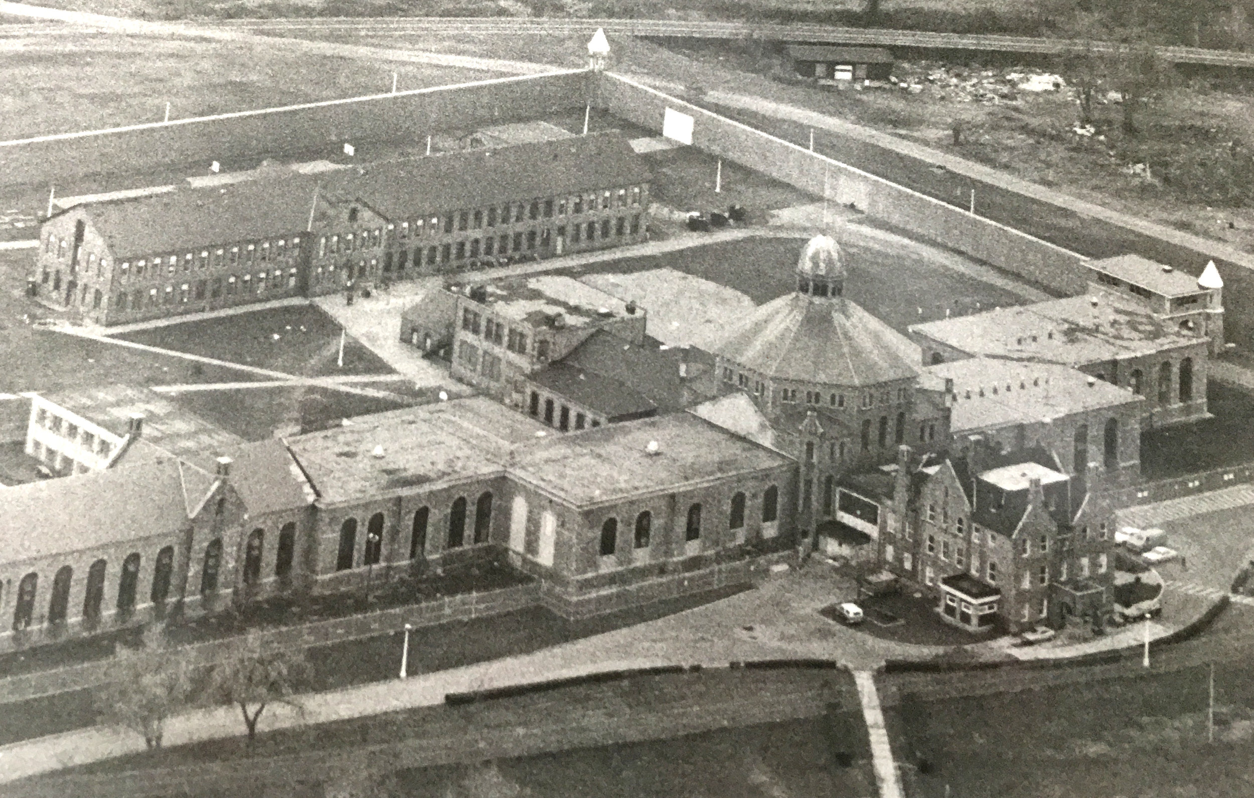 An aerial photo of the Adult Correctional Institutions' maximum-security prison in 1979.  Courtesy of The Providence Journal/Lawrence S. Millard.