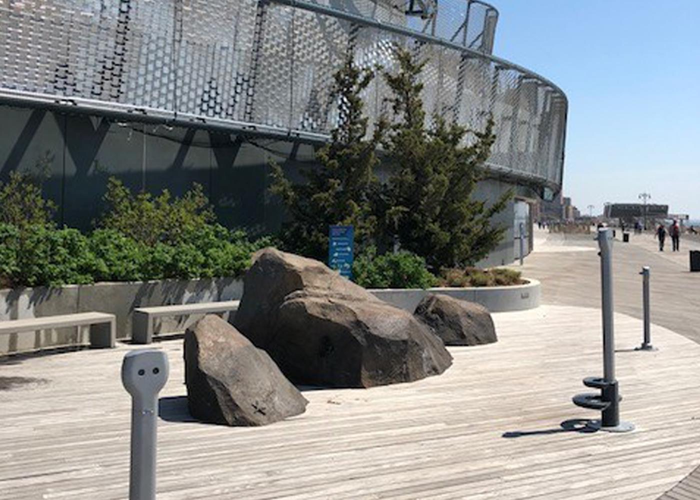 NY Aquarium_Viewers_Scene_New_C.jpg