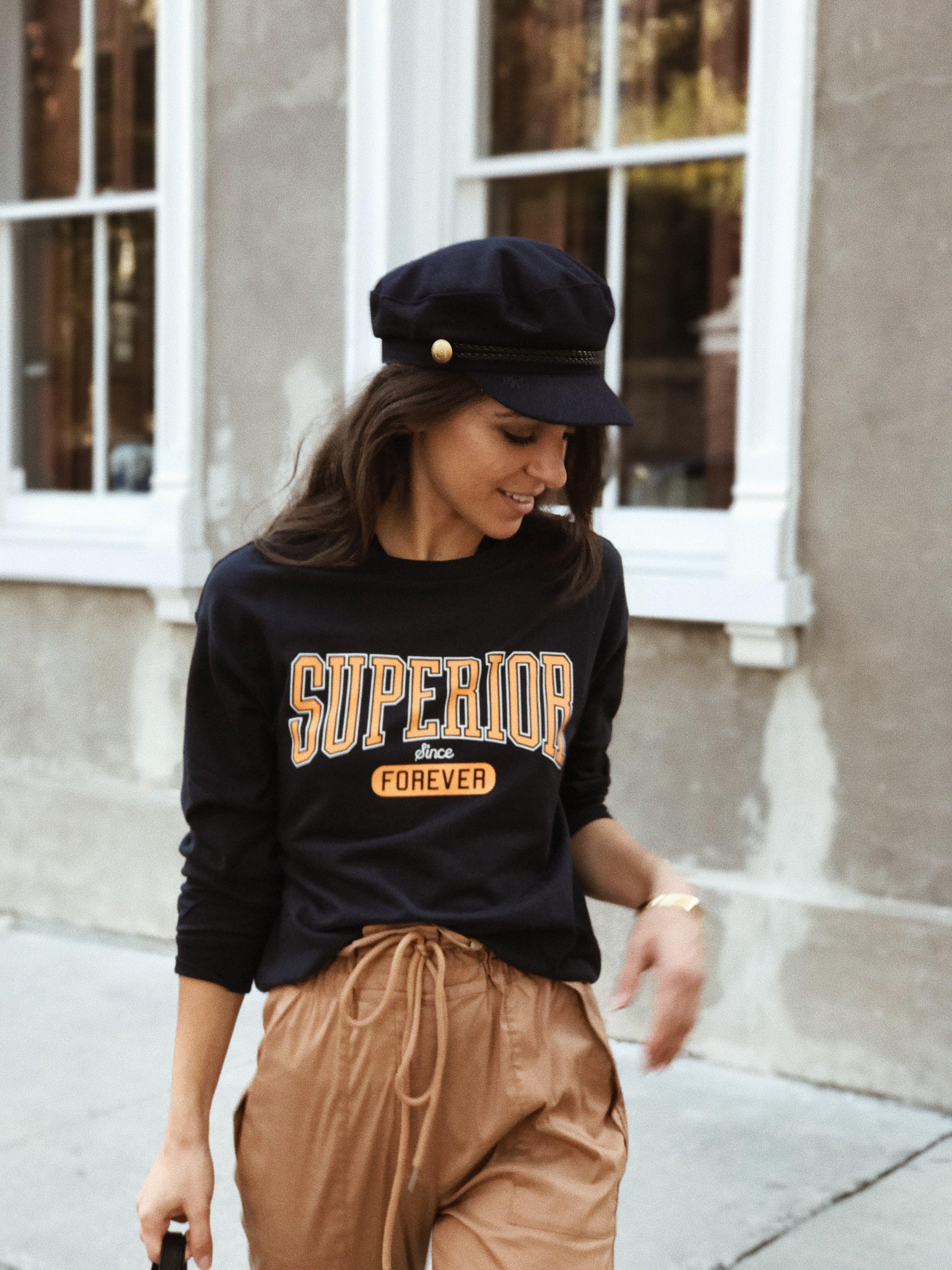 graphic-sweatshirt