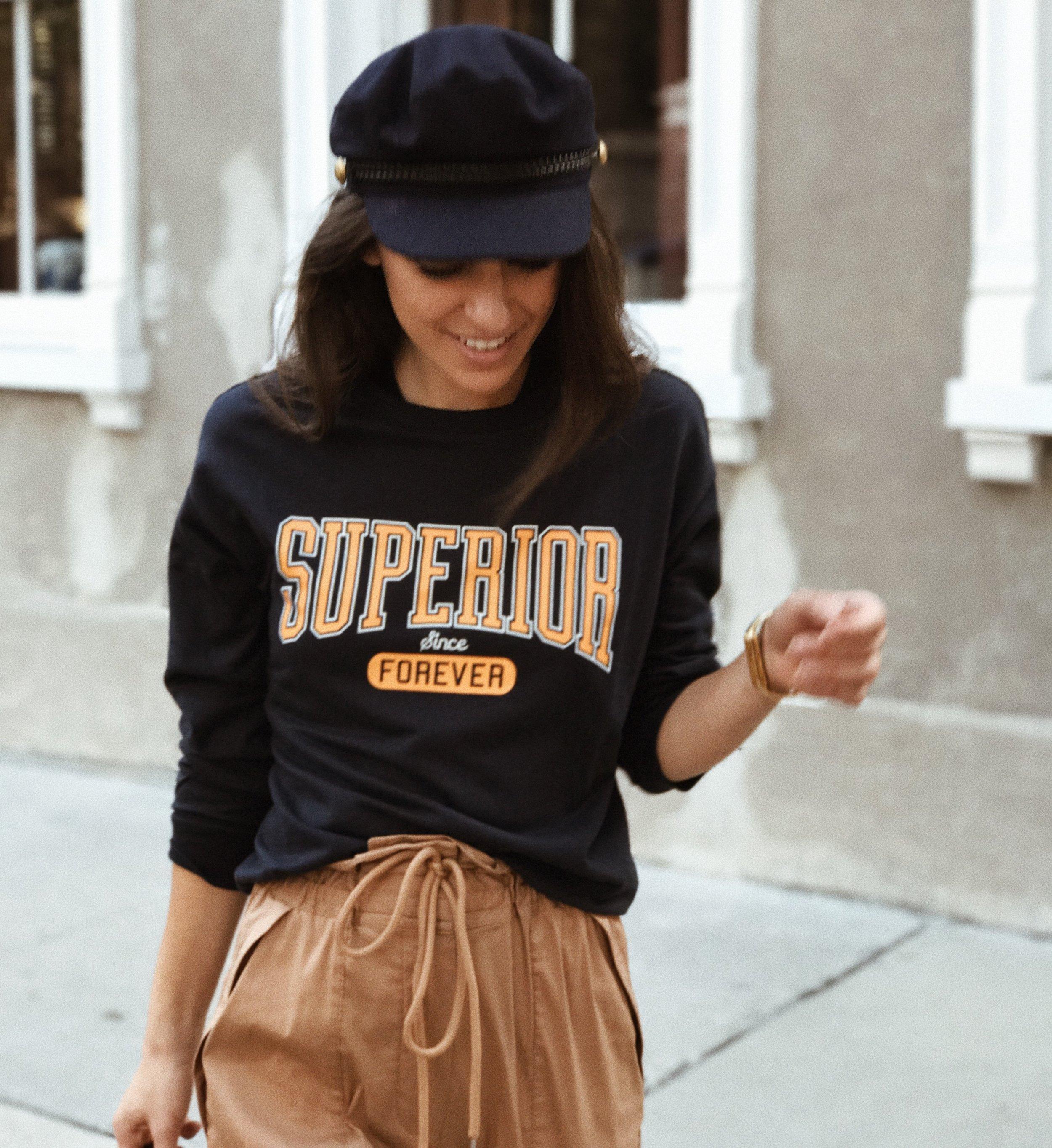 graohic-hoodie