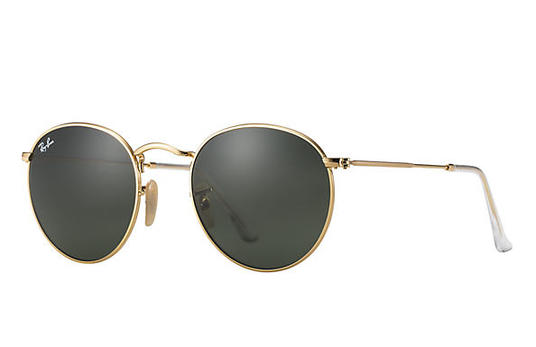 4.Gold Accessories - Elevate your look