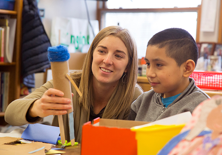 Camille Jones, 2017 Washington State Teacher of the Year. With student working on project.