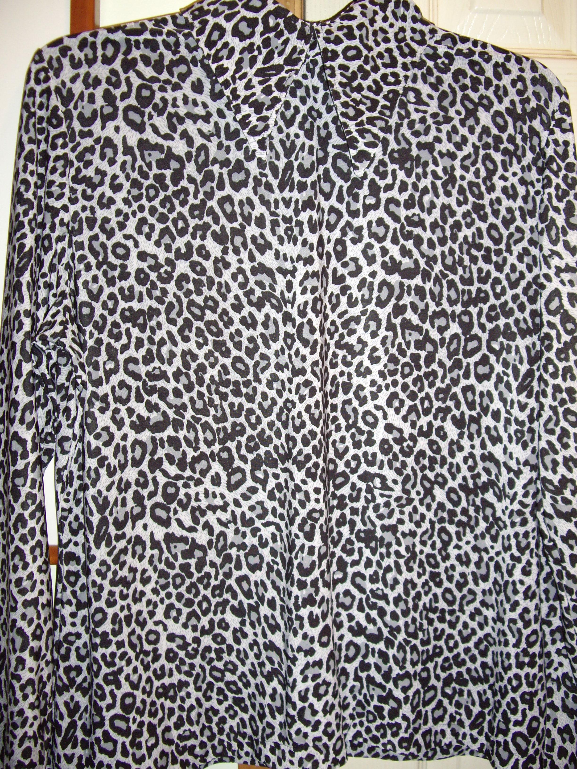 Snow Leopard Shirt.JPG