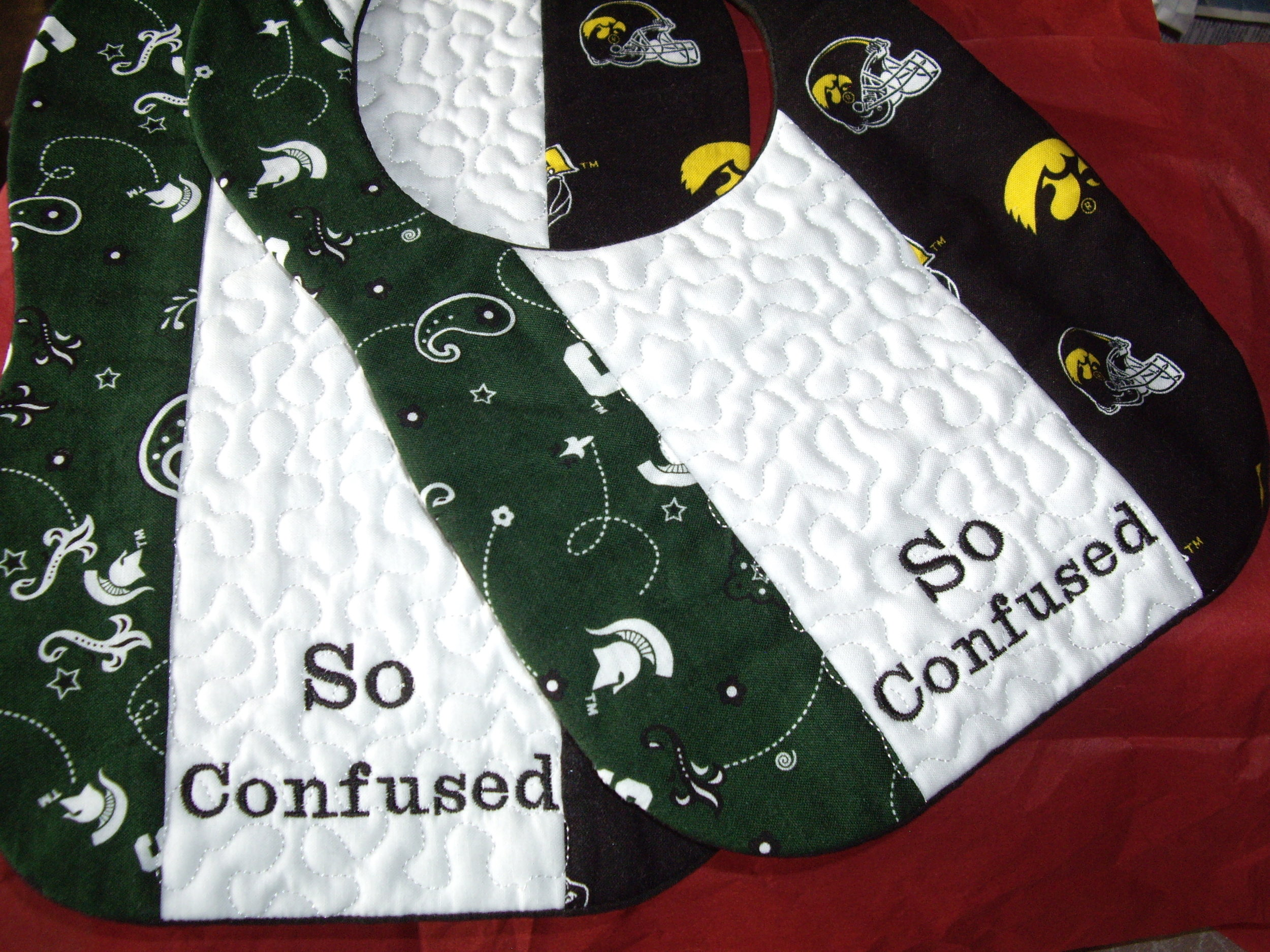 Custom Collegiate House Divided Bib n Burp Cloth.jpg