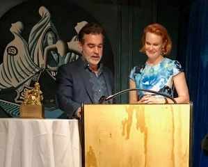 Past award winners, Brian D'Arcy James and Kate Baldwin presenting   Tracy Letts with the 2019 Sarah Siddons Society Award.