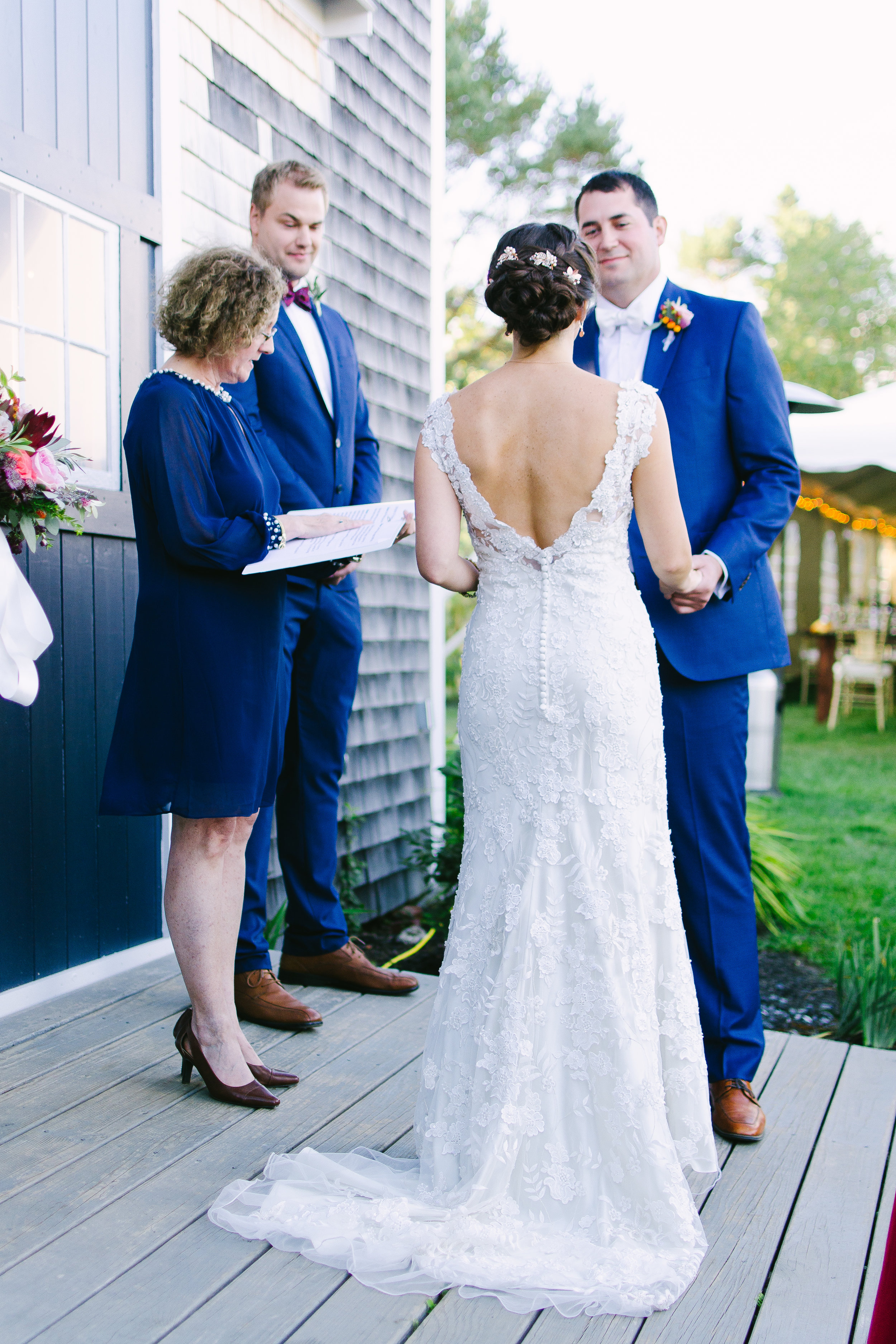 september wedding ceremony outdoor maine