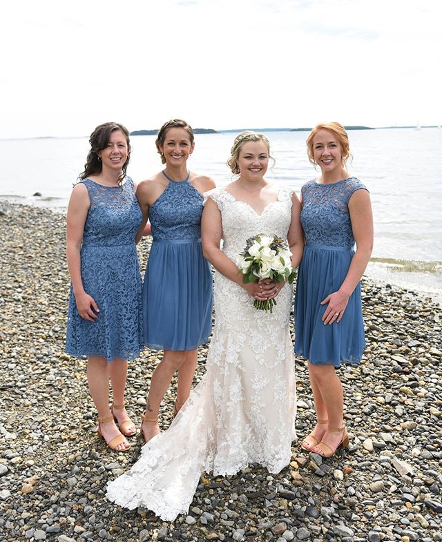 Kelsey with her ladies in blue on a spectacular June day! ⁣ .⁣ #livewellfarm⁣ .⁣ Kelsey + Andrew | June 16, 2018 | Venue: @livewellfarm | Coordinator: @audreejean | Catering: @pizzabyfire | Bartending: @julzees29 #downeastbartending | Music: @djmarksawyer | Rentals: @coastalmainecanopies | Photographer: @bailey_w.photography | Florals: @flowergirlweddingdesigns | Cake: @thewineybaker ⁣ •⁣ •⁣ •⁣ •⁣ •⁣ #LiveWellLoveWell #CoastalWedding #FarmWedding #FarmWeddingVenue #MaineWedding #APWwedding #WeddingWireRated #NewEnglandWedding #RealWeddingInspiration #MaineWeddingVenue #BarnWedding #MarryInMaine #HuffPostIDo #WeddingPhotoMag #JoyWed #BackyardWedding #207weddings #RusticWeddingChic #WCvendor #RealMaineWeddings #TheMaineBride #ItStartedWithYes #GreenWeddingShoes #TodaysWedding