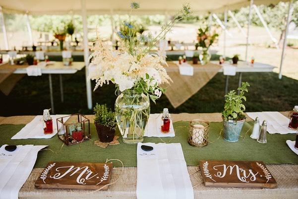 Courtney & Ben had a vivacious, organic, and geometric tone for their tables, and we love them!⠀ .⠀ #livewellfarm #CourtsBenTaken⠀ .⠀ Courtney + Ben | July 7, 2018 | Venue: @livewellfarm | Catering & Bartending: @dandelioncatering | Music: @doubleplatinumcelebrations | Rentals: @onestopeventrentals | Photographer: @madisonhernandezphoto | Florals: @eastofedenflowers ⠀ •⠀ •⠀ •⠀ •⠀ •⠀ #LiveWellLoveWell #CoastalWedding #FarmWedding #FarmWeddingVenue #MaineWedding #APWwedding #WeddingWireRated #NewEnglandWedding #RealWeddingInspiration #MaineWeddingVenue #BarnWedding #MarryInMaine #HuffPostIDo #WeddingPhotoMag #JoyWed #BackyardWedding #207weddings #RusticWeddingChic #WCvendor #RealMaineWeddings #TheMaineBride #ItStartedWithYes #GreenWeddingShoes #TodaysWedding⠀