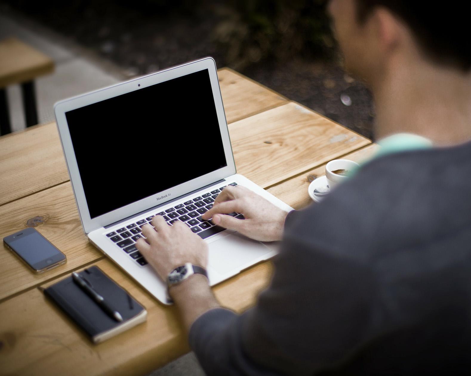 blogger.jpg