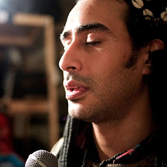 Ahmed Jeriouda (chorus, qraqeb)