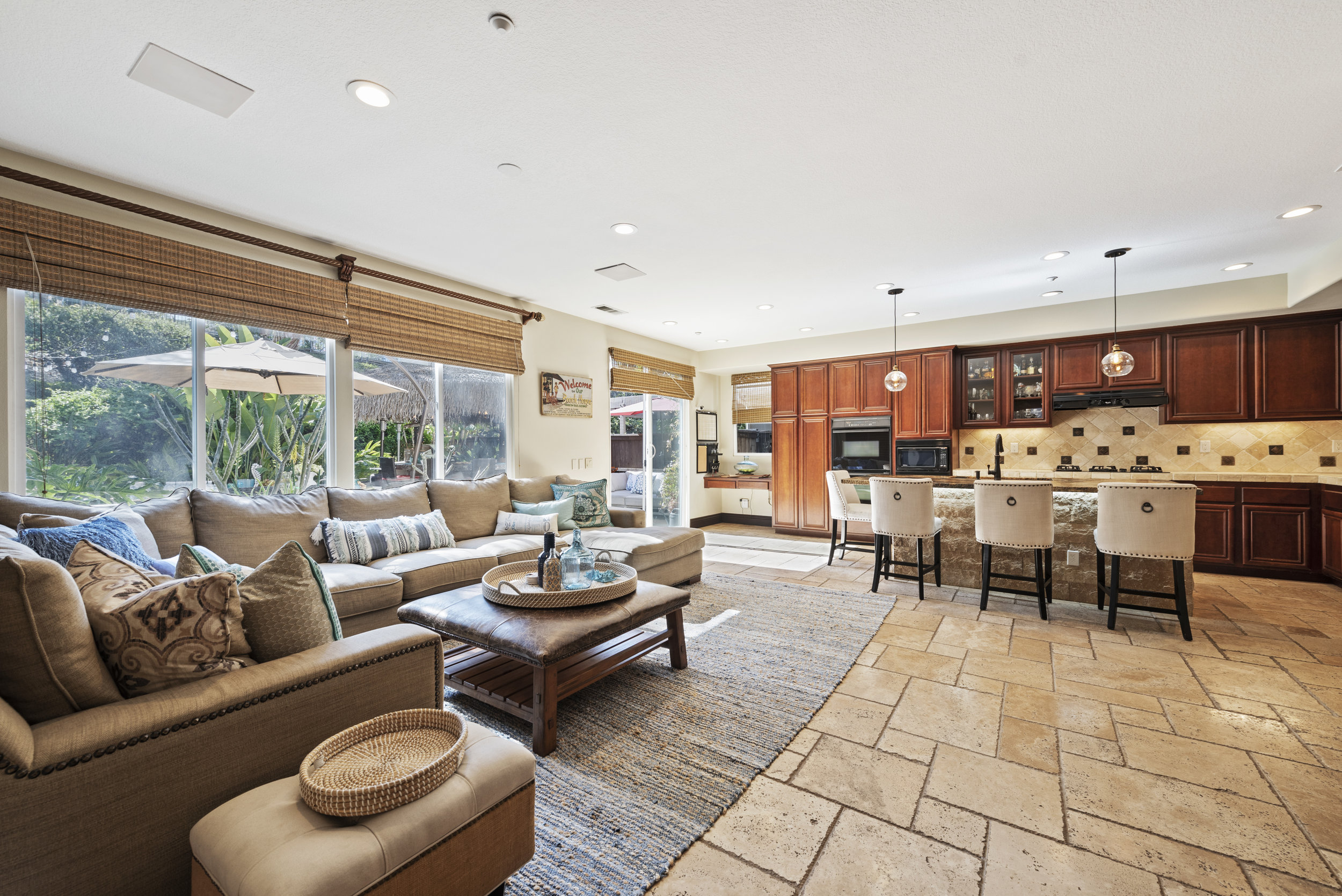 SOLD FOR $979,00   San Clemente  4 BR | 2 BTH | 2,759 SQ/FT