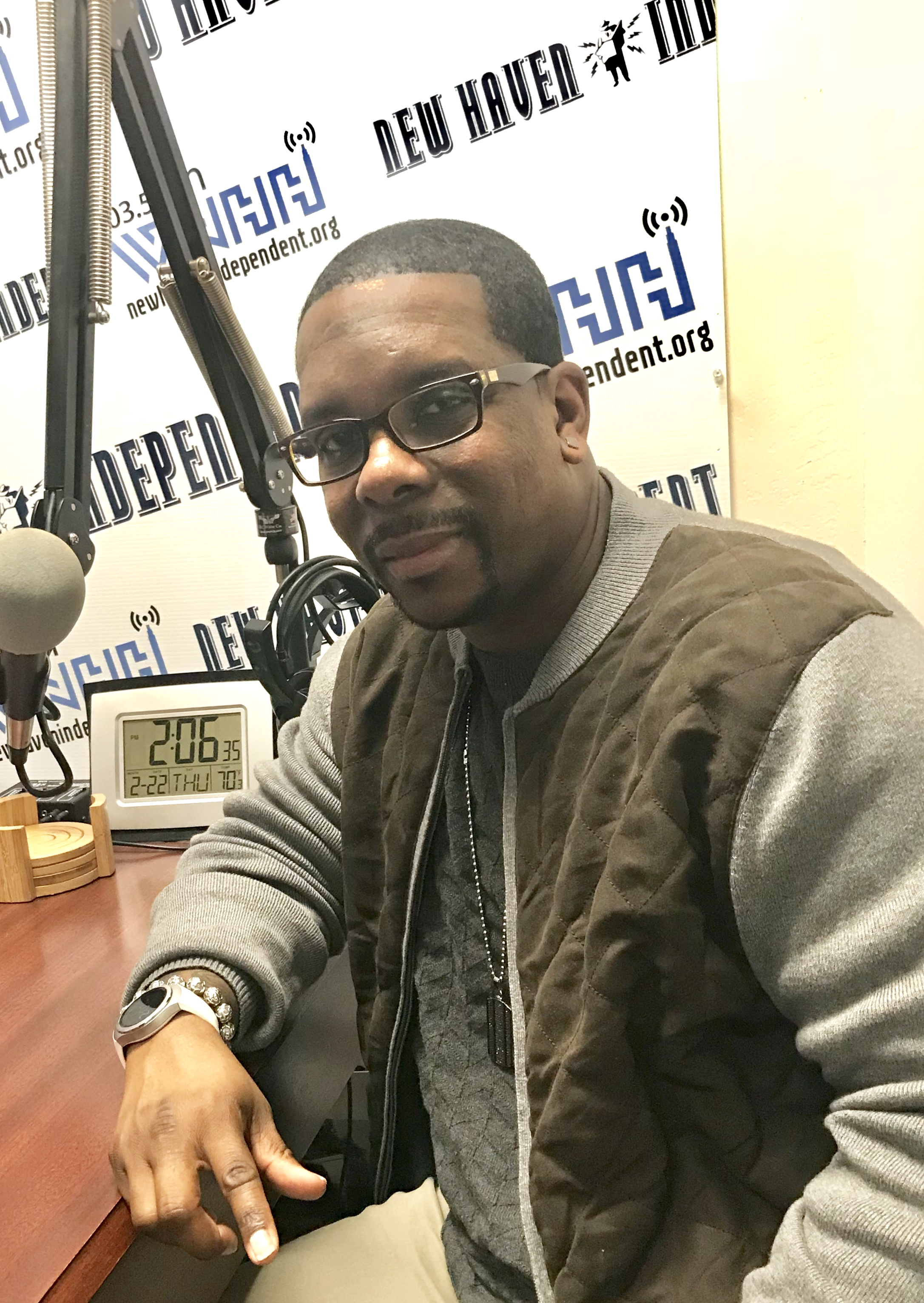 """Host Alisa Bowens-Mercado has a conversation with the """"Love Doctor"""" Treamell Lawrence, Author & Blogger."""