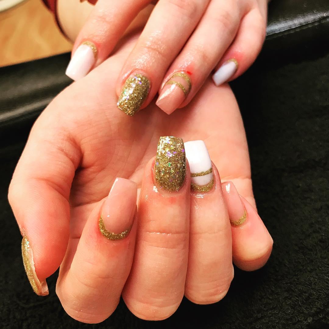 nails 2.jpg