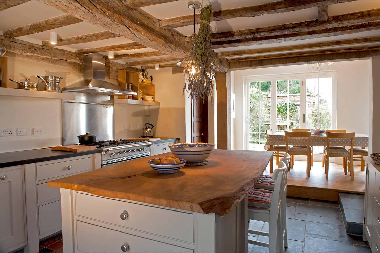 haugthon-kitchen.jpg