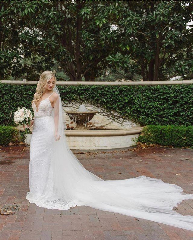 These bridals!😍😍😍 Beautiful work by @celinagomezweddings of gorgeous bride, Samantha!