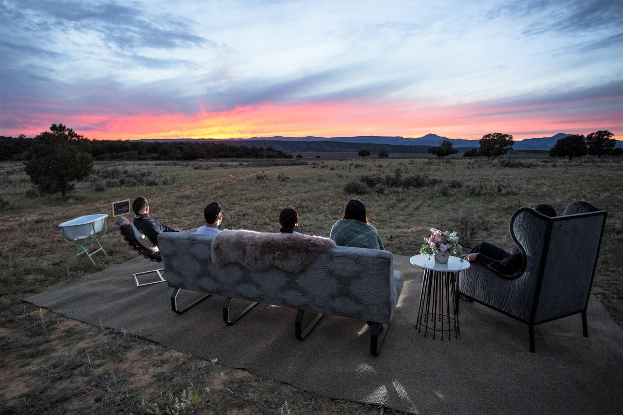 Terra Glamping wedding: outdoor lounge
