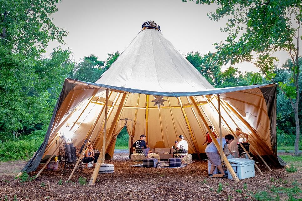 Terra Glamping Lounge Tent