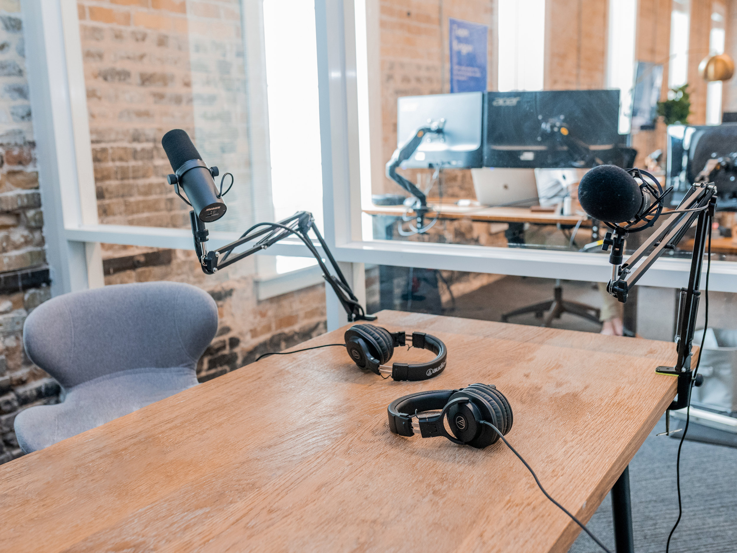 We produce podcasts. - The fastest growing content medium isn't slowing down. We work with brands and people to produce podcasts and help amplify them.