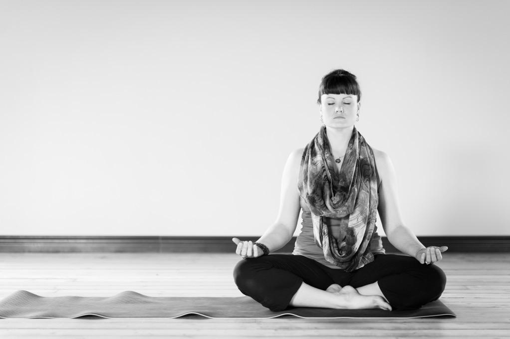 JackieV_Yoga_Studio-43383-2.jpeg