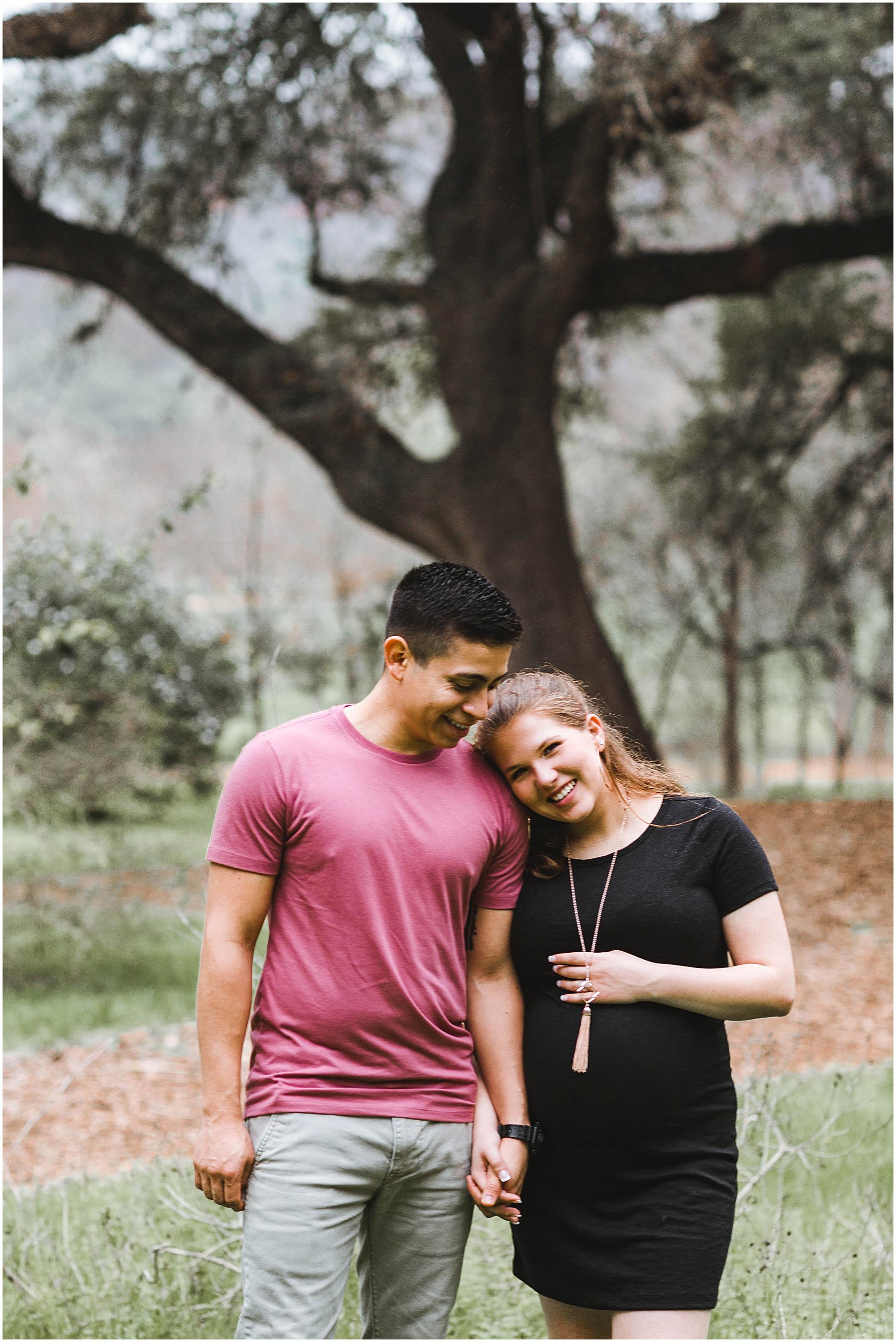 maternity-photography-austin-texas-oak-trees_0013.jpg