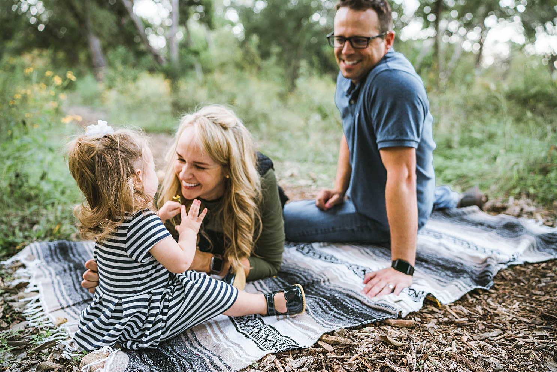 austin-family-photography-outdoors_0129.jpg