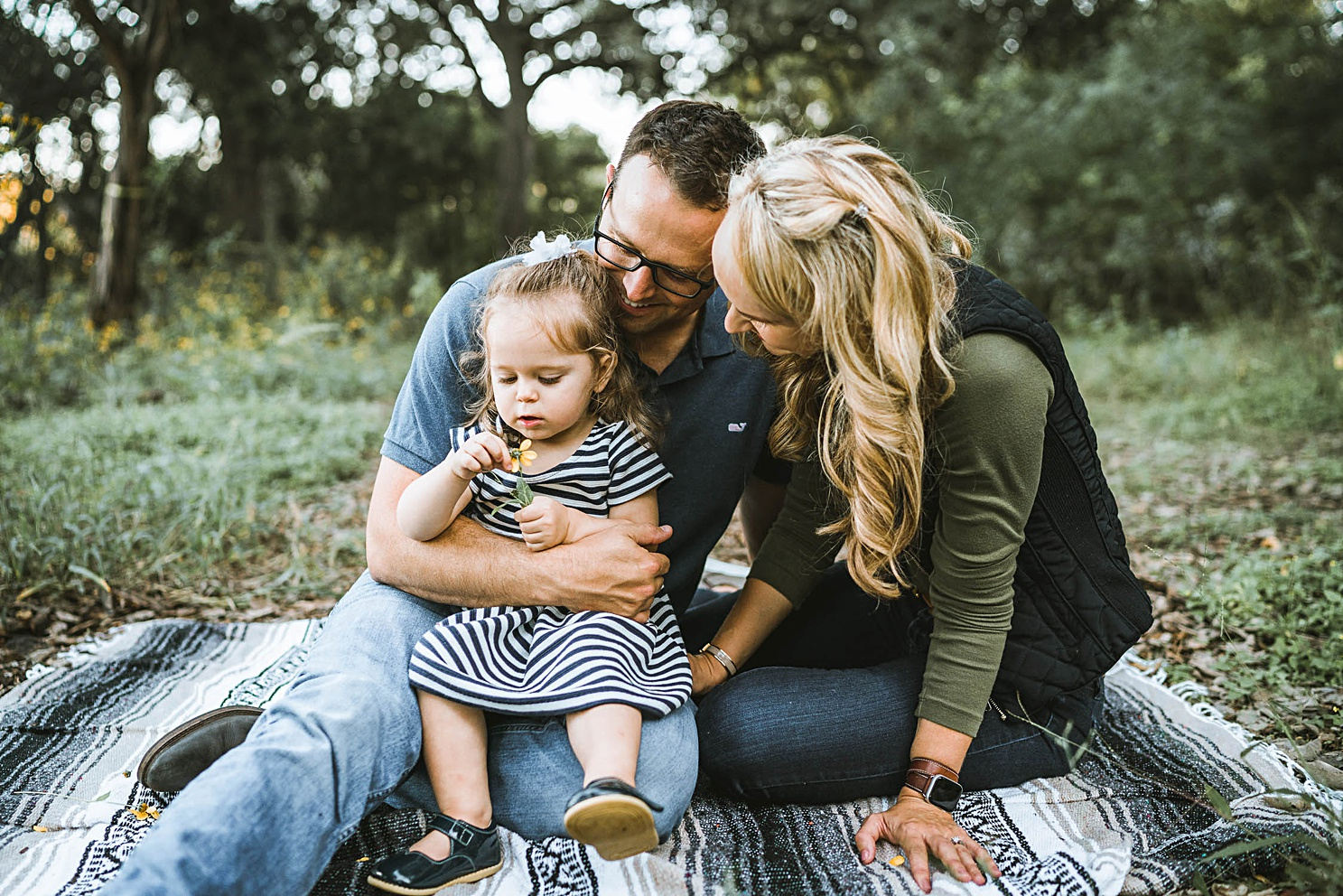 natural-austin-family-photography-outdoors_0141.jpg