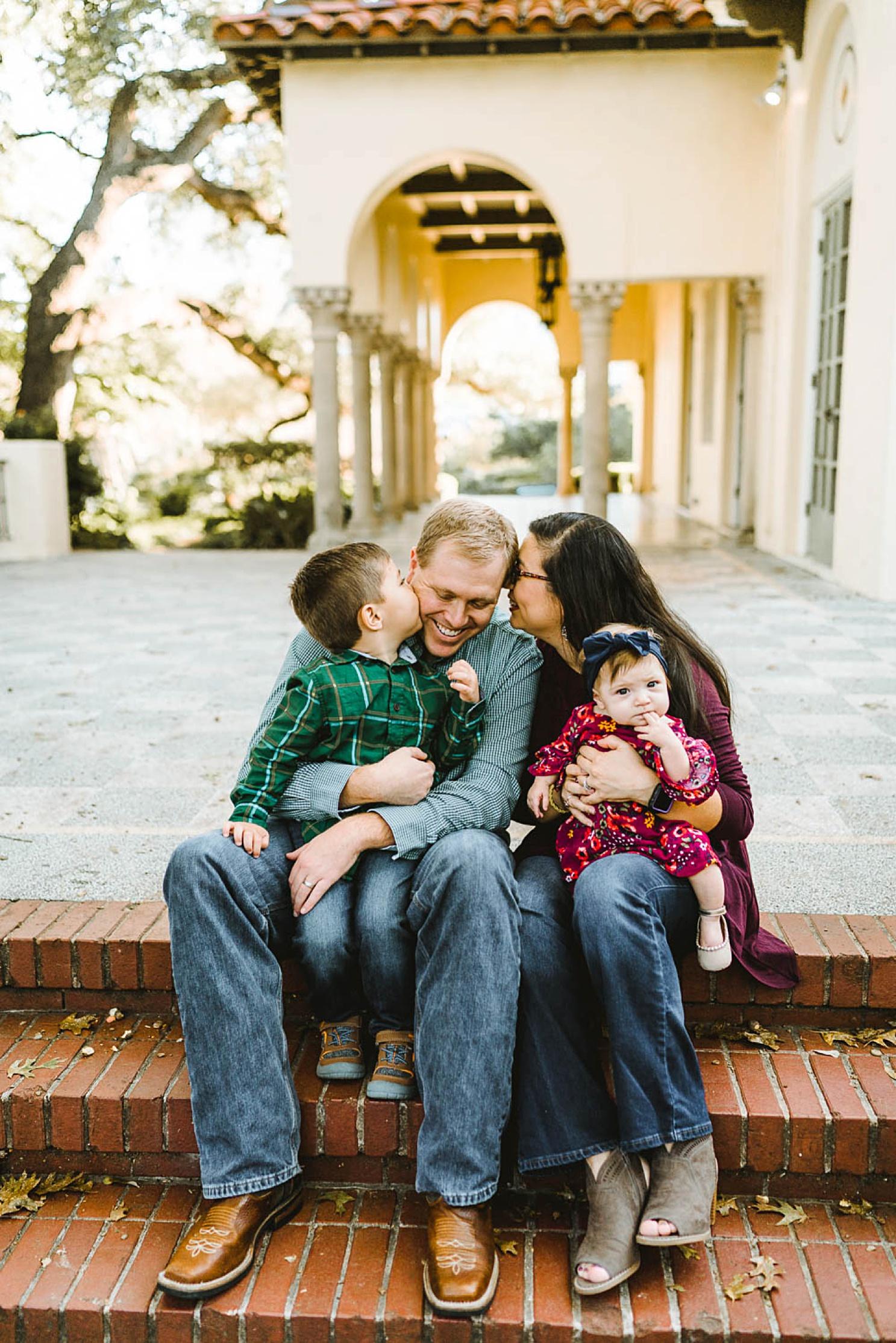 natural-light-family-photographer-austin_0163.jpg