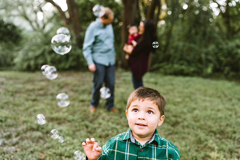 playful-austin-family-photography_0154.jpg