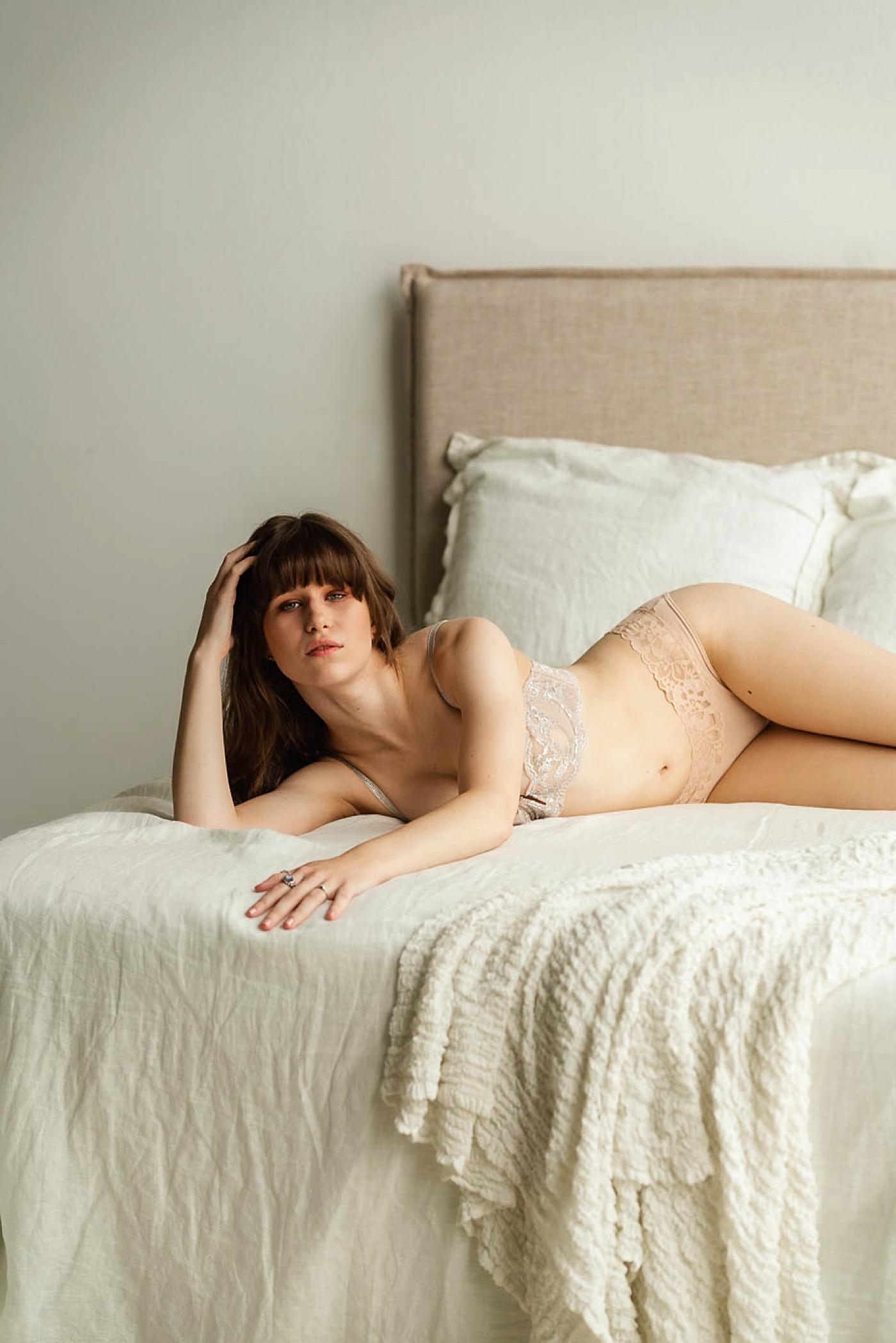 tasteful_boudoir_photo_session_austin_tx_0496.jpg