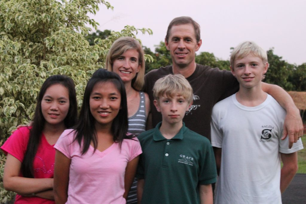 Ryan, Rebecca, Tyler and caleb with Pawn & Buyu - september 2013