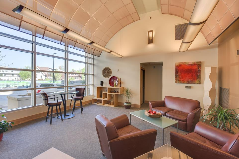 Many condos include amenities such as common rooms for everyone to enjoy. This common room is from the 125 N Hamilton St. listing