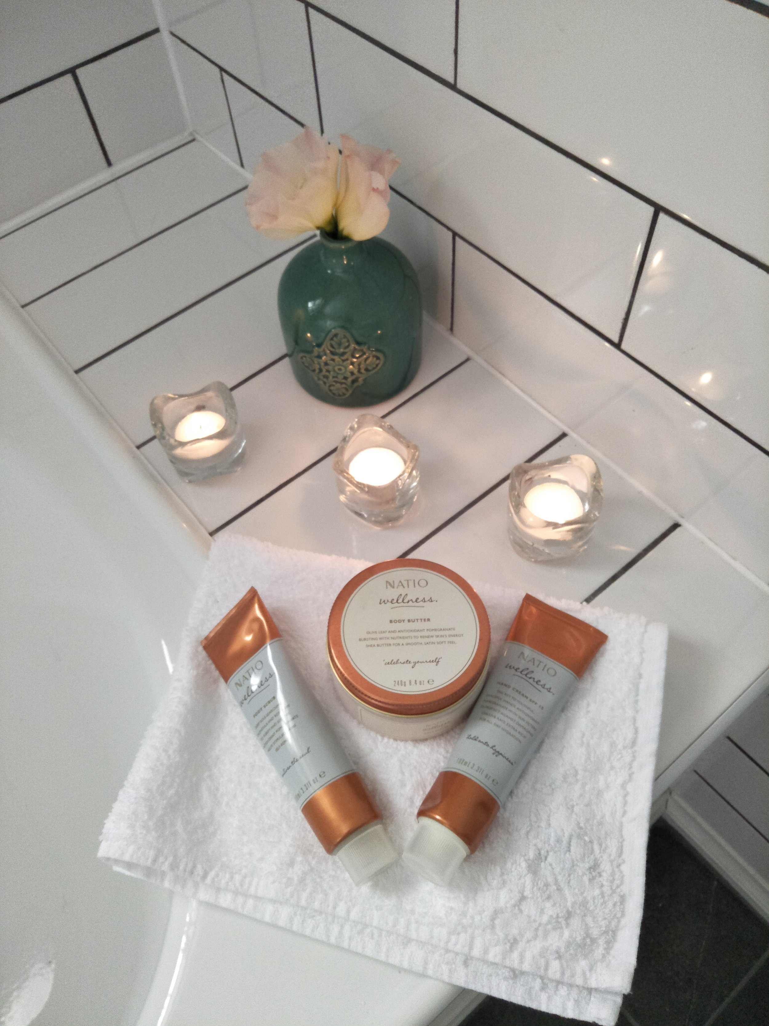 Garden view bathroom with candles.jpg