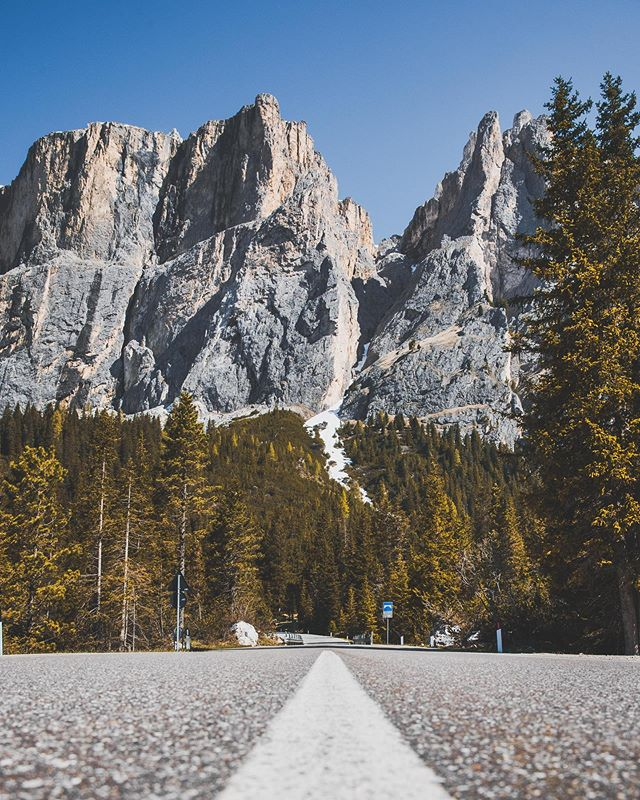 Finally heading home in the morning... can't wait. No doubt I'll be missing the #dolomites quickly enough though . . . . . . . . . . #vsco #vscocam #vscodaily  #bevisuallyinspired #createcommune #earthpics #lifeofadventure #instagood #wander #roamtheplanet #exploring #visualsoflife #letsgosomewhere #wonderfulplaces  #agameoftones #allaboutadventures #nikon #d810 #mynikonlife