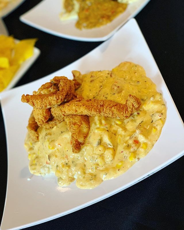 'Catfish & Grits' . . Stone ground grits, smothered in our Creamy Corn n Crawfish sauce (sautéed smoked sausage, trinity, fresh cut corn, Louisiana Crawfish tails), and topped w/ Golden Fried Strips of Catfish . . #TasteLounge #TheNOLAFoodProject #DailyLunch #BestFoodNewOrleans  #catfish #crawfish #grits #MyFab5 #NewOrleans #Nola #Louisiana #Food #Restaurants #Eater #EEEEEATS #BuzzFeast #BuzzFeedFood #TNFP #HuffPostTaste #Restaurant #EatFamous #FoodPorn #ForkYeah #Lunch #Dinner #nolaeats #foodie #foodporn #eatenpath #UberEats