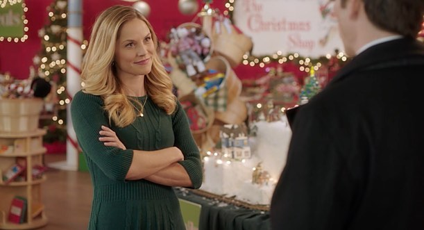 """Since it's November I guess we're officially in season? Here's some stills from @hallmarkchannel """"Sharing Christmas"""" I decorated this time last year! Designed by @ottermaterpoeia Art direction by @sagemalice 🎄✨"""