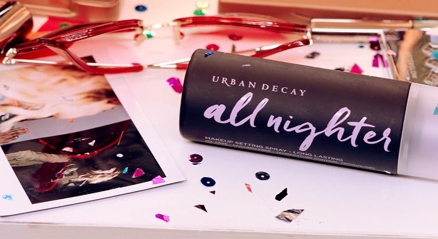 @urbandecaycosmetics ad I decorated a while back with @ottermaterpoeia 💕✨💕 had too much fun at @modernica on this one🕺