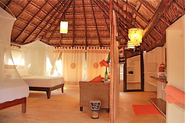 Queen Bed Double Room.jpg