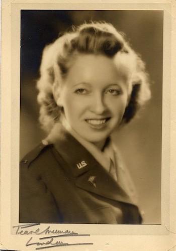 Edith Finnemann Hoey, 1st Lt., Army Nurse Corps