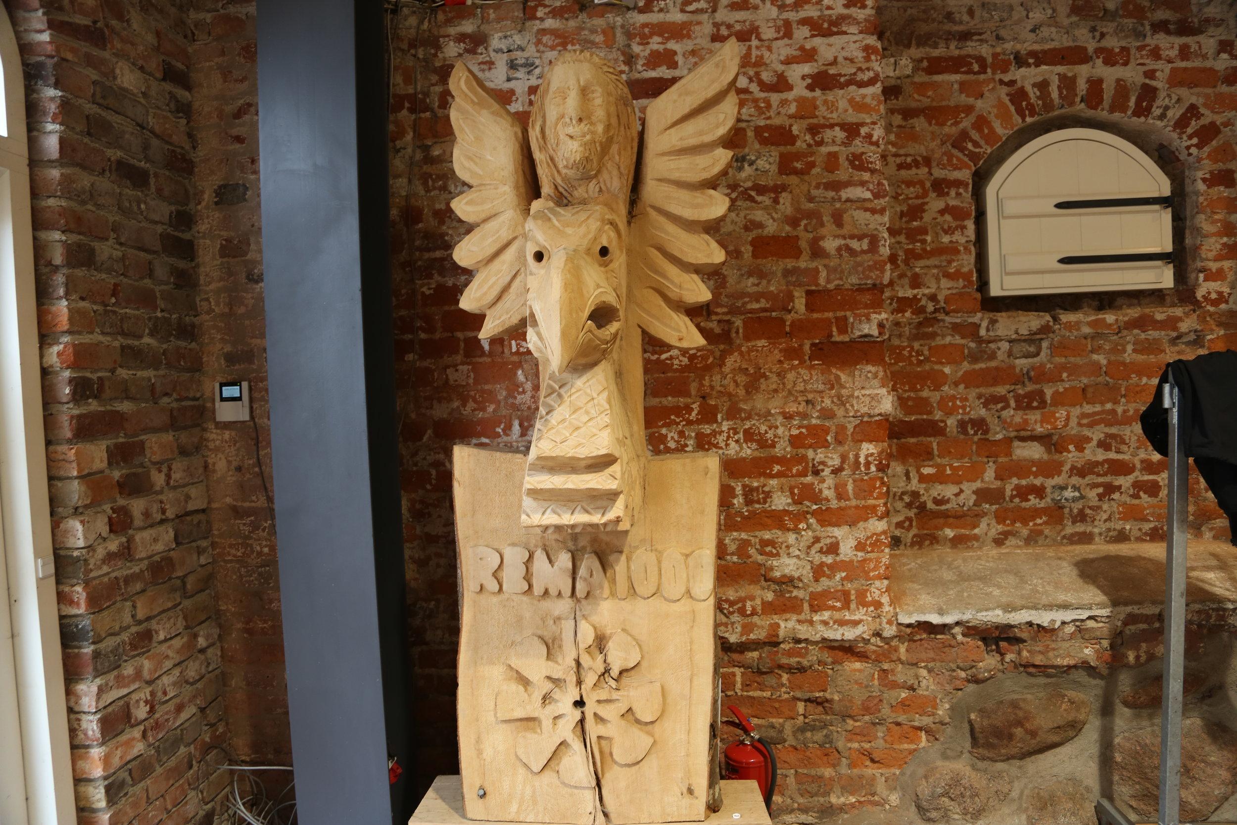 Den store høvdingen fikk sin totempæle i Danmark.   Foto: Odd Roar Lange